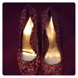 Nine West*Faux Leopard Suede Peep Toe Heel*7.5